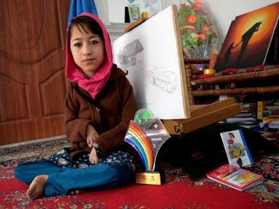 ربابه، دختری که معولیت برایش معنا ندارد