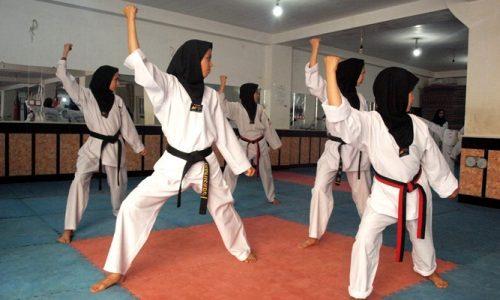 حرکات نمایشی دختران تکواندو کار هرات