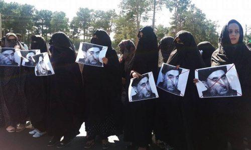 حضور گلبدین حکمتیار  در هرات و تجمع اعتراضی مردم