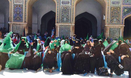 حضور پررنگ زنان هرات در همایش سخنرانی حکمتیار