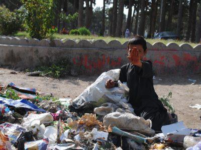 """تصویری از وضعیت کودکان""""کار"""" در هرات"""