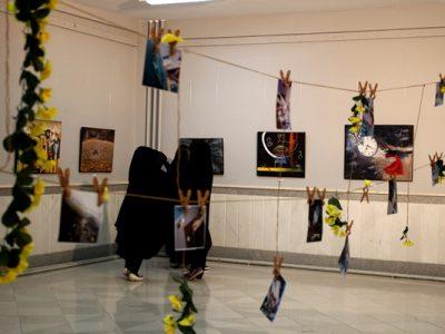 انسان و این دهکده؛ نمایشگاهی که تصویری از تواناییهای زنان را نمایش میدهد