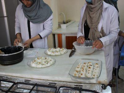زنان و  آموزش حرفۀ آشپزی