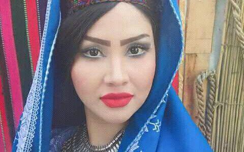 دشواریهای حرفۀ مدلینگ برای دختران افغانستانی