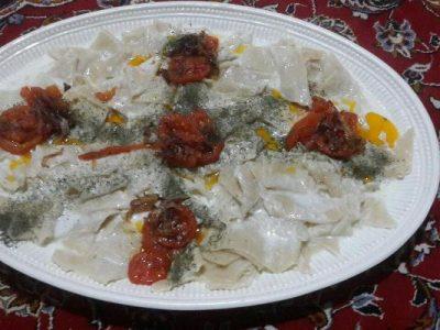 زنان و پختن غذاهای افطاری