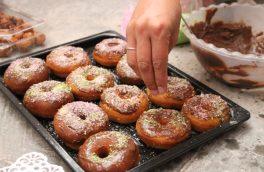 زنانی که با پختن شیرینی تلخیهای زندگی را از بین میبرند