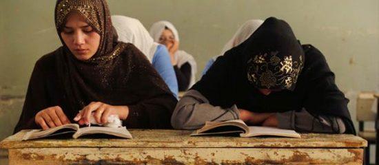 نبود حمایت مالی خانوادهها مانع تحصیل دختران