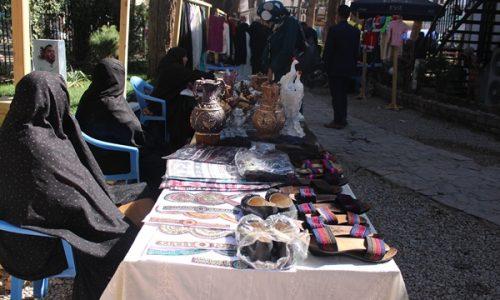 برگزاری نمایشگاه صنایع دستی زنان، به هدف فروش تولیدات