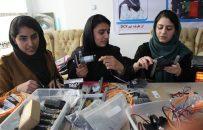 دختران تیم رباتیک؛ در تلاش ساخت ربات زراعتی