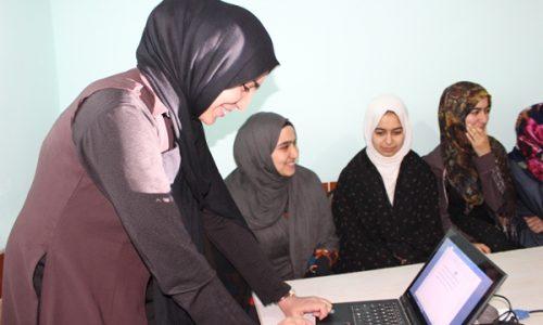 کارآفرینان زن و ایجاد مرکز تکنالوژی برای بانوان هرات