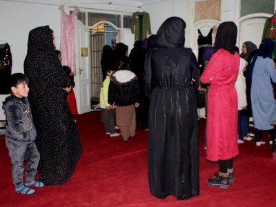 تصاویری از حضور زنان از نمایشگاه بانو