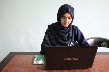 سحر صدیقی؛ دختری که در تلاش آشنا ساختن زنان با دنیایی تکنالوژی است