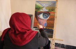 «با نقاشی حرفهای دلم را به تصویر میکشم»