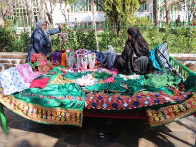 """تصاویری از نمایشگاه """" بانوان خودکفا"""" در هرات"""