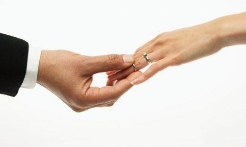 ازدواج مجدد؛ انتخابی برای مردان اما چالشی برای زنان