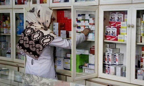 استقبال زنان از حضور فروشندههای زن در داروخانههای شهر هرات