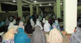 نماز عید در هرات؛ صف نمازگزاران زن امسال پررنگتر است