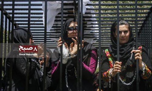 نامزدان معترض انتخابات پارلمانی از خیمه به قفس آهنی رفتند