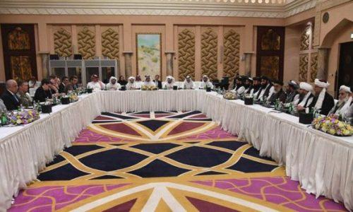 نگرانی فعالان حقوق زن از حضور کمرنگ زنان در گفتوگوهای صلح