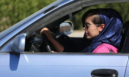در سال جاری بیش از ۴۰۰ زن در هرات جواز رانندگی گرفتند