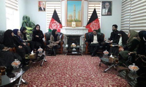 نشست فعالان حقوق زن با رییس شورای ولایتی هرات