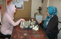 افزایش علاقهمندی دختران هرات به بازی شطرنج