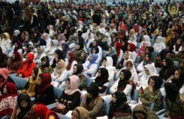 پنج زن به نمایندگی از زنان افغانستان در مذاکرات صلح با طالبان حاضر خواهند شد