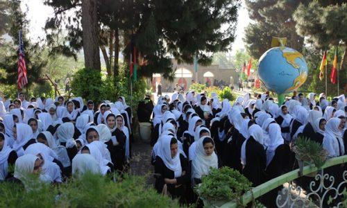 ۷۰ هزار دختر در هرات از آموزش محروم اند