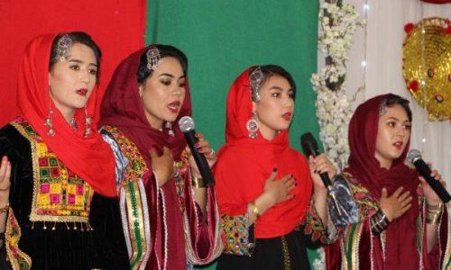 ترنم؛ گروهیکه سرودههای شان به تعصب قومی «نه» میگوید