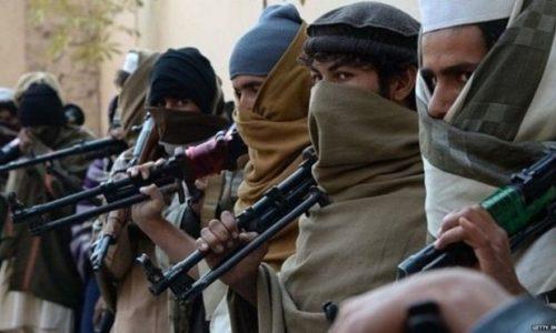 طالبان زن و مردی را به اتهام رابطه نامشروع تیرباران کردند