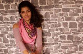 دختری که از راه نوشتن طنز با عرفهای اجتماعی مبارزه میکند