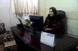 حضور ناکافی زنان در ادارههای دولتی هلمند؛ تنها ۱۰ زن در ۴۰ اداره