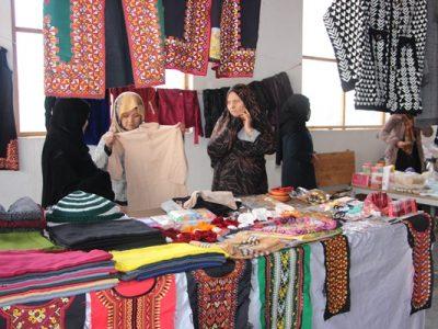 ساختههای دستی زنان در یکشنبه و چهارشنبه بازار