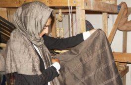 «دولت باید زمینهی صادر تولیدات ابریشمی را فراهم کند»