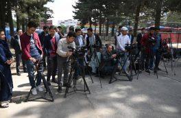 خبرنگاران و سفر در مِه