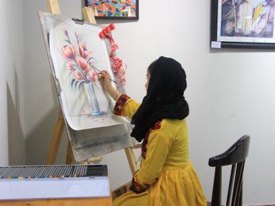 """نمایش توانایی زنان هنرمند در نمایشگاه """"مثل یک زن"""""""