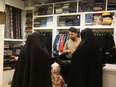 بازار پرجنب و جوش خرید لباسهای خارجی در هرات