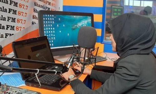 ۵۰ درصد از خبرنگاران زن در غزنی ترک شغل کردند